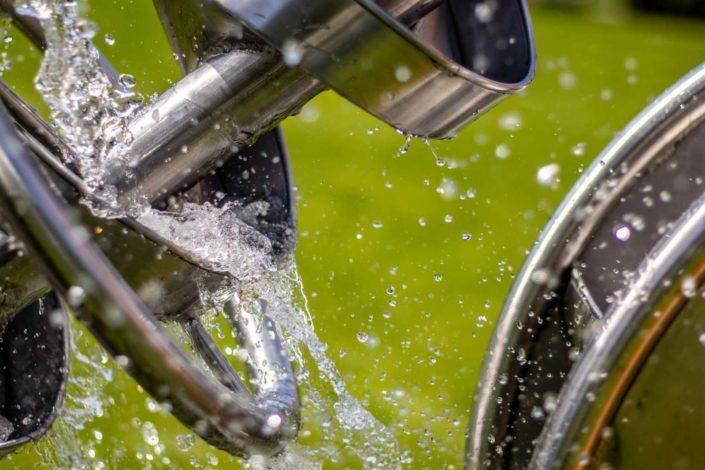 Wasserspritzer mit kurzer Belichtungszeit eingefroren